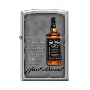 Briquet essence ZIPPO bouteille de Jack Daniel's avec dicton sur fond chromé