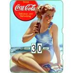 Calendrier perpétuel cartonné Coca-Cola : Pin-up au bord de la mer