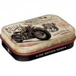 Boîte à pilules Betty Boop : coeur et traces de bisous