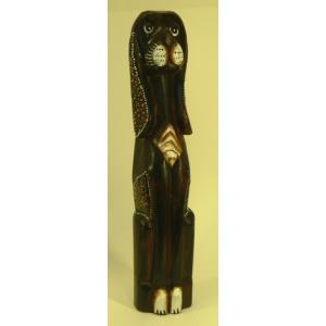 Chien en bois brun décor chocolat 50 cm